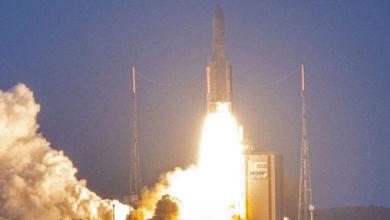Photo of इसरो के जीसैट 30 उपग्रह का एरियन रॉकेट से सफल प्रक्षेपण