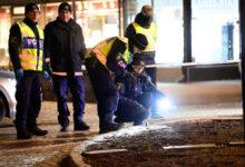 Photo of स्वीडन: व्यक्ति ने कुल्हाड़ी से हमला कर सात लोगों को किया घायल, तीन की हालत गंभीर
