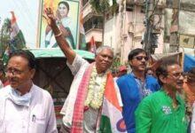 Photo of बंगाल में रिक्शा वाला बना विधायक, अब बन सकते हैं मंत्री, कभी शरणार्थी बनकर परिवार पहुंचा था भारत