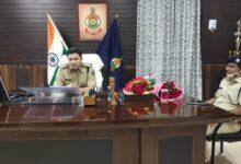 Photo of रायगढ़: पुलिस अधीक्षक ने शुरू किया सर्जरी, पहली खेप में 6 थानेदार इधर से उधर, 2 को लाइन भेज गया, पढ़िये पूरी खबर